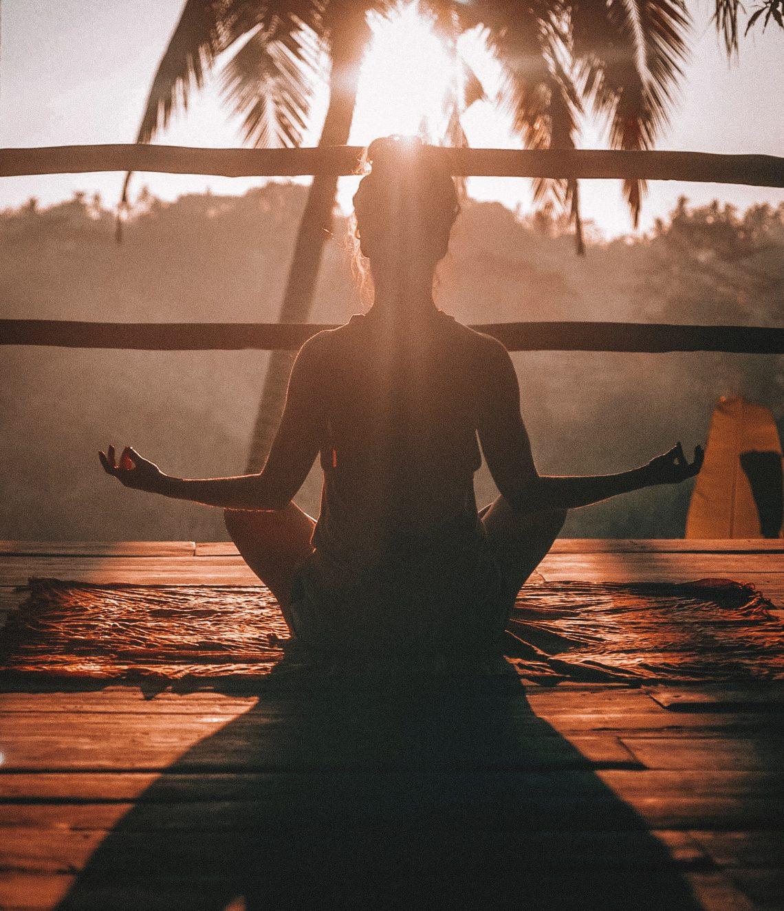 méditation, méditer, pleine conscience, gratitude, relaxation, respiration, développement personnel, anxiété, paix intérieur