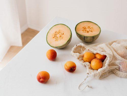 nutrition, alimentation, fruits, melon, abricots, manger équilibré, sain, coloré